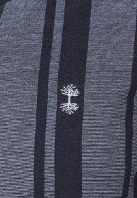 Nerve - SIMON TEE - Print T-shirt - navy blazer - 5