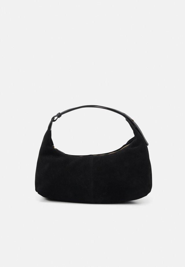 MALLORY - Across body bag - black