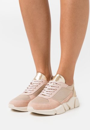 Sneaker low - rose/gold