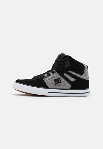 PURE - Skate shoes - black/battleship/armor