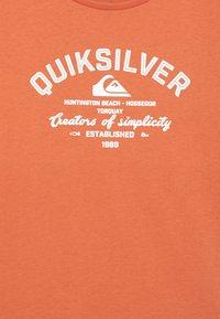 Quiksilver - SCREEN TEE - Print T-shirt - chili - 2