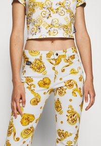 Versace Jeans Couture - Jeans Skinny Fit - white - 7