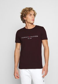 Tommy Hilfiger - LOGO TEE - T-shirt print - red - 0
