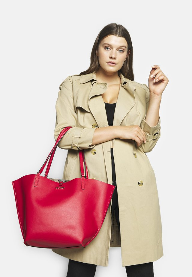 ALBY TOGGLE TOTE SET - Tote bag - brown/cherry
