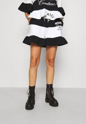 TROUSERS - Shorts - fantasy white
