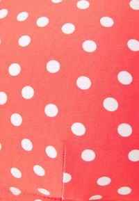 O'Neill - CALI RITA FIXED SET - Bikini - red/white - 6