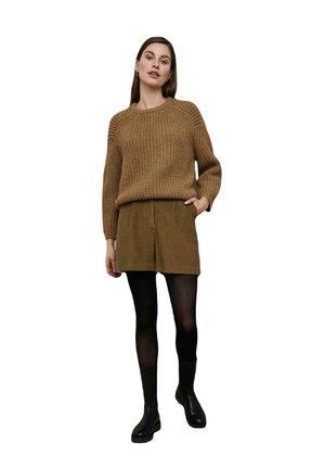 Shorts - dry khaki