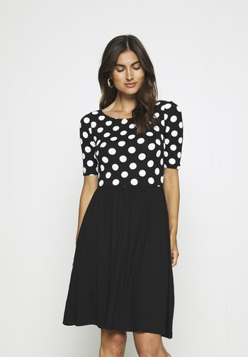 BOAT NECK PRINT DRESS WITH SOLID SKIRT - Jersey dress - black/white