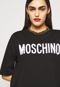 MOSCHINO - DRESS - Trikoomekko - black - 4