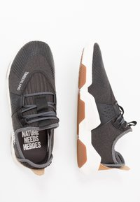 Timberland - EARTH RALLY - Trainers - black - 1