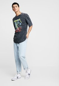 Revival Tee - METALLICA COLOR - Print T-shirt - anthracite - 1