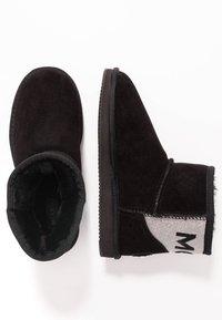 Mexx - DOORTJE - Kotníkové boty - black - 3
