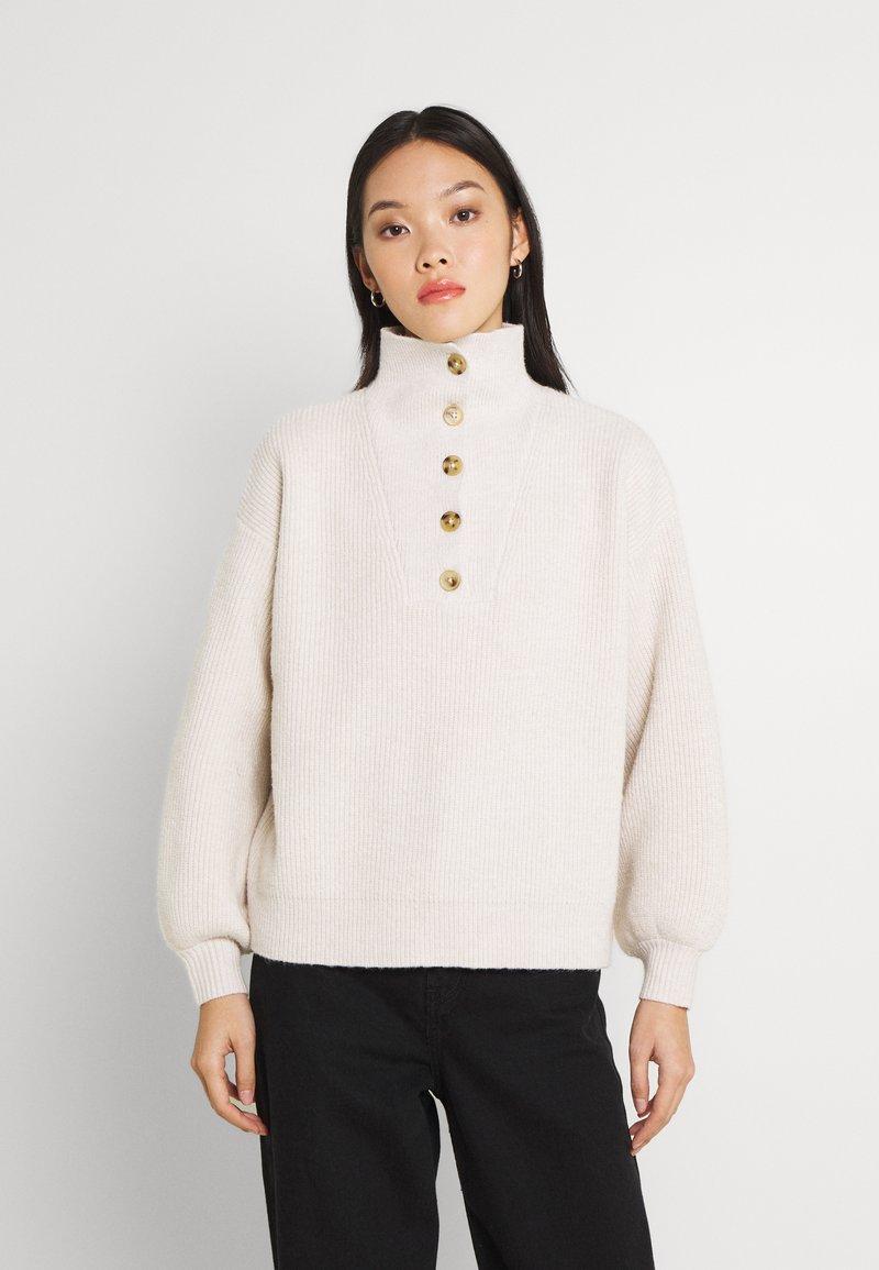 Fashion Union - JORDIE - Stickad tröja - cream
