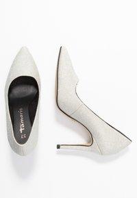 Tamaris - Lodičky na vysokém podpatku - silver glam - 3