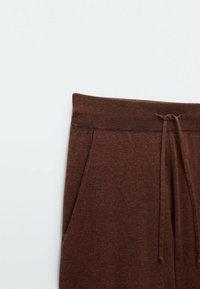 Massimo Dutti - Shorts - red - 3