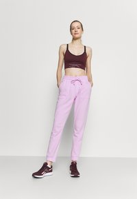 Cotton On Body - GYM TRACK PANTS - Pantalones deportivos - blossom marle - 1