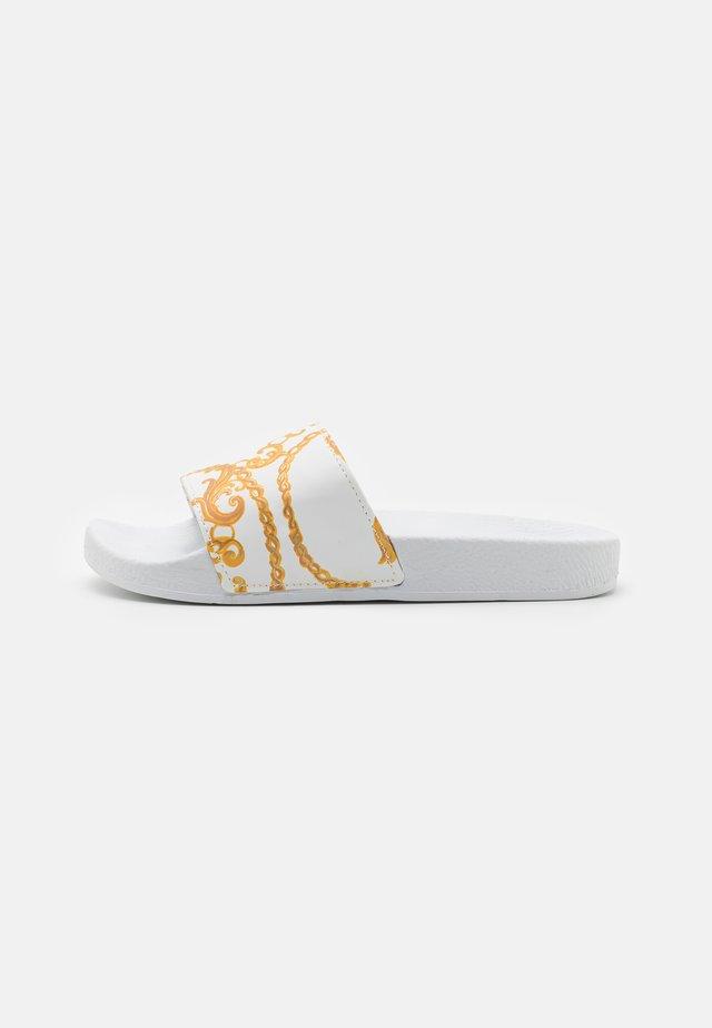 PALAZZO - Sandalias planas - white/yellow