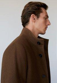 Mango - FUNNEL - Classic coat - mittelbraun - 3