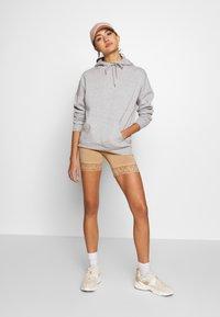 Vila - VIOFFICIAL - Shorts - beige - 1