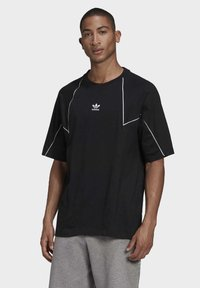 adidas Originals - Print T-shirt - black - 0