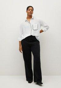 Violeta by Mango - PIPING - Button-down blouse - biały - 1