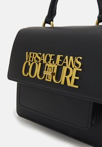 Versace Jeans Couture - LOGOLOCK TOP HANDLE - Kabelka - nero - 4