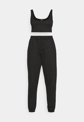 SCOOP NECK BRALET 90'S SET - Pantaloni sportivi - black