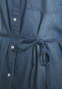 JDY - JDYBELLA LIFE DRESS - Dongerikjole - medium blue denim - 2