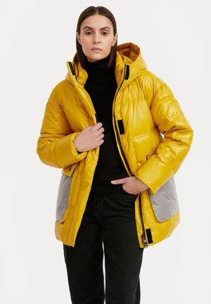 Winter coat - yellow
