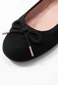 Tamaris - Ballet pumps - black - 2