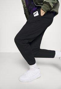 Jordan - PANT - Tracksuit bottoms - black/white - 3