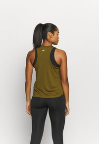 Nike Performance - RUN TANK - Funktionsshirt - olive flak/white - 2