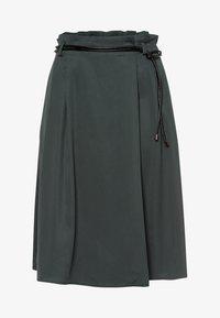 zero - MIT SCHMALEM GÜRTEL - A-line skirt - smoky - 4