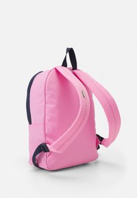 Tommy Jeans - CAMPUS MED DOME BACKPACK - Batoh - pink - 2