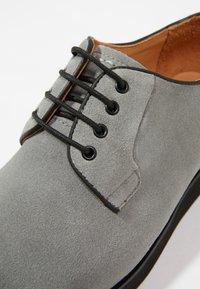 NOIRE LINE - MARC - Volnočasové šněrovací boty - grey - 5