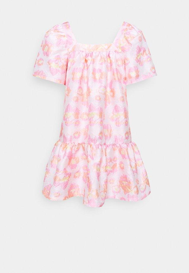 MERILOU - Day dress - summer pink