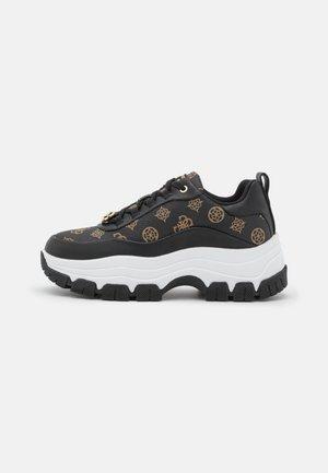 BRENIA - Sneakersy niskie - black