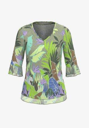 ELLY - Print T-shirt - green mix