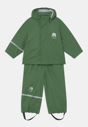 SET UNISEX - Waterproof jacket - elm green