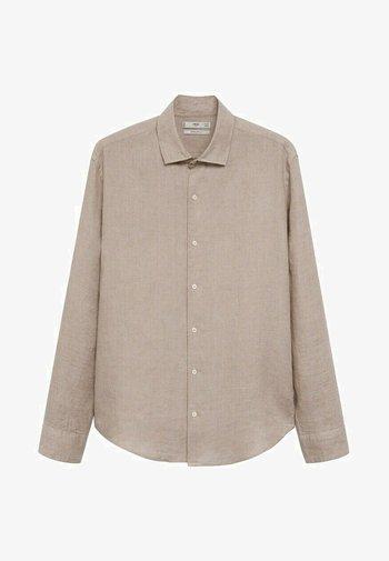 REGULAR FIT - Camicia - sandfarben