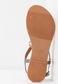 New Look - HAMMOCK - Sandaler m/ tåsplit - multi coloured - 6