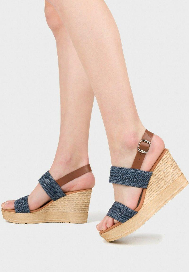 Eva Lopez - SANDALIA - Wedge sandals - marino