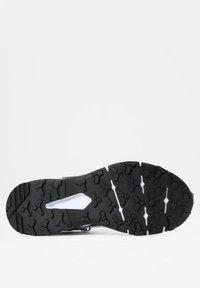 The North Face - EXPLORIS MID FUTURELIGHT - Hiking shoes - tnf white/tnf black - 3