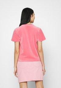 adidas Originals - Print T-shirt - hazy rose - 2
