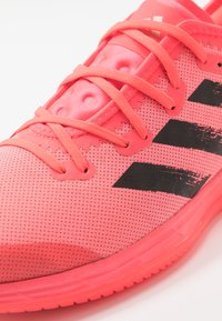 adidas Performance - ADIZERO FASTCOURT TOKYO - Zapatillas de balonmano - signal pink/core black/copper metallic - 5