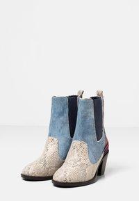 Desigual - Classic ankle boots - blue - 3