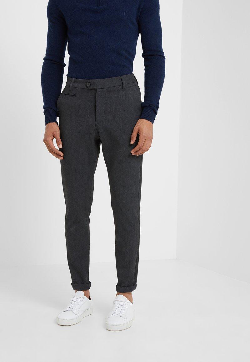Les Deux - SUIT PANTS COMO - Trousers - anthrazit