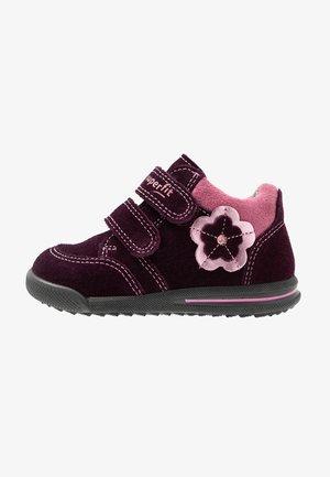 AVRILE MINI - Baby shoes - purple
