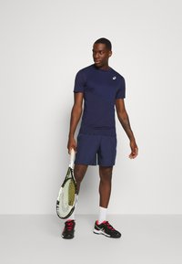 ASICS - CLUB SHORT - Pantalón corto de deporte - peacoat/graphite grey - 1