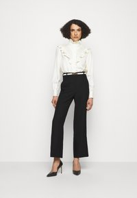 Victoria Beckham - STRAIGHT LEG TROUSER WITH TURN UP - Trousers - black - 1